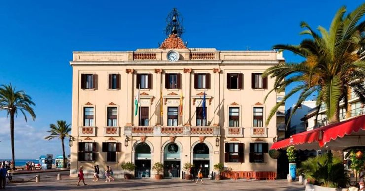 Les reaccions polítiques al nou govern de l'Ajuntament de Lloret de Mar