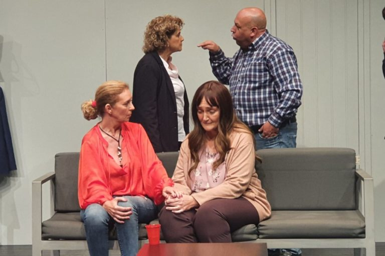 'Bajo Terapia', espectacle solidari de Corset Teatre, aquest diumenge
