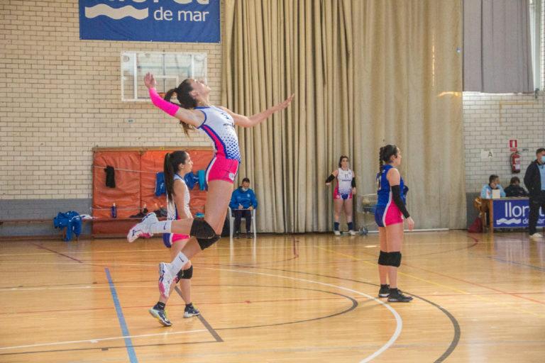 La derrota contra el Barça deixa el Club Voleibol Lloret sisè