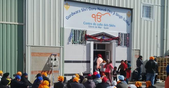 300 persones de totes les religions assisteixen a la inauguració del Gurdwara