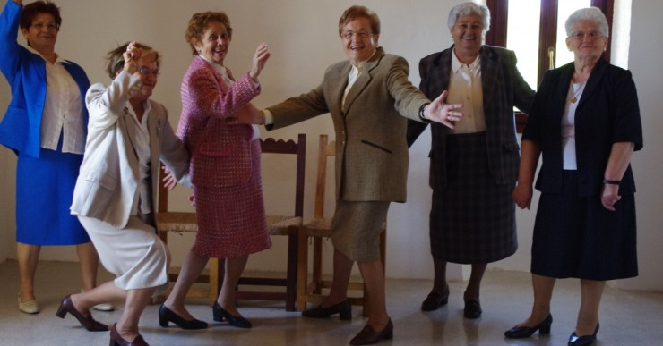 8 dones de Jubil actuaran amb Maria Antònia Oliver a 'Las Muchas'