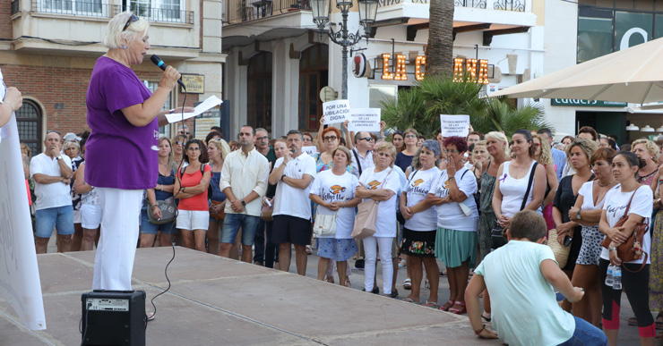 Més de 200 persones es concentren per donar suport a les reivindicacions de les Kellys