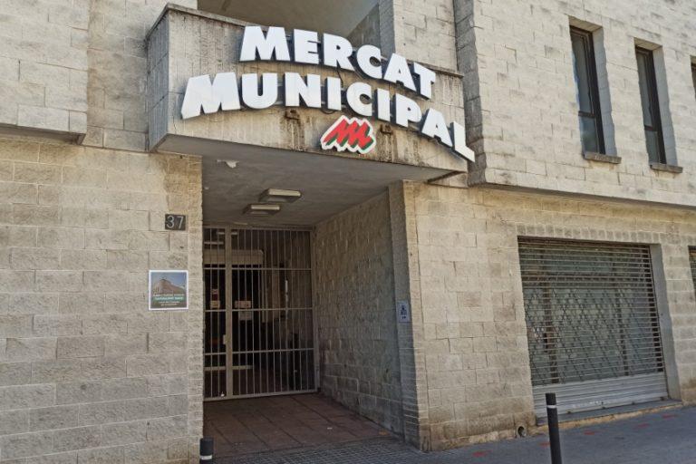 El Mercat Municipal, tancat per obres
