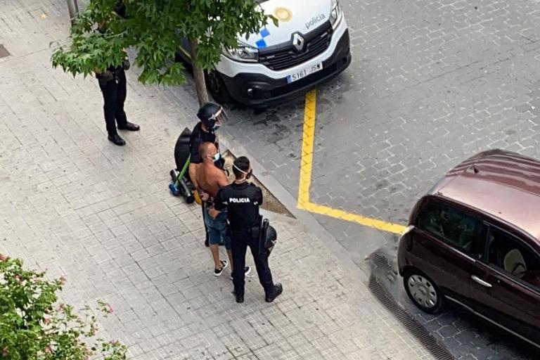 Dos detinguts per robatori en un edifici de Fenals