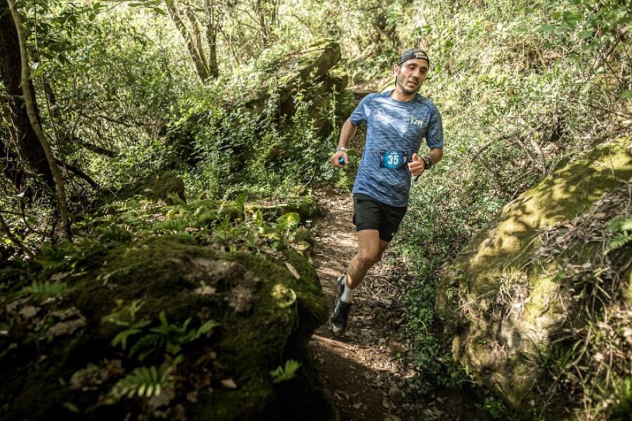 David Cazalla durant la cursa (Trail Rocacorba)