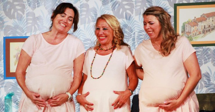 La comèdia 'Tres', amb Magnòlia Teatre, arriba aquest diumenge al Casal de l'Obrera
