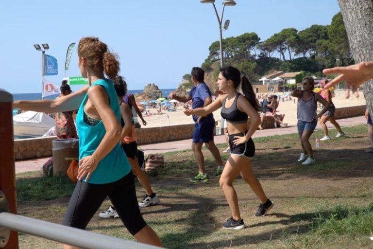 Activitats esportives dirigides a l'aire lliure, durant tot l'any