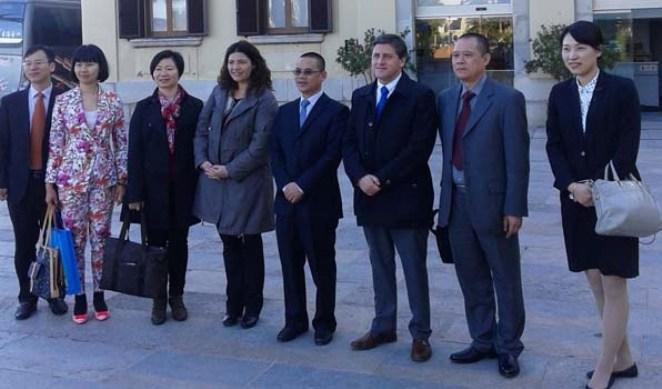 Una delegació d'empresaris xinesos s'ha mostrat interessada en invertir a la vila