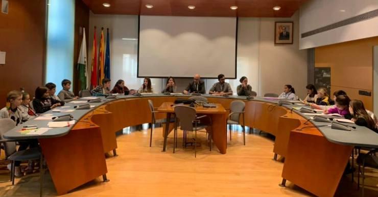 Avui acaba l'Ajuntament dels Infants amb un plenari virtual amb els regidors de 10 i 11 anys