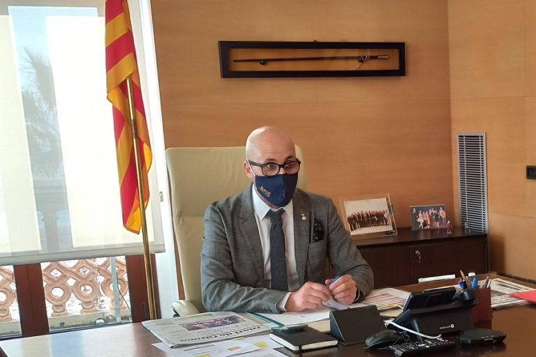 Dulsat assegura que, en cas d'entrar al Parlament, seguirà com a alcalde fins al 2023