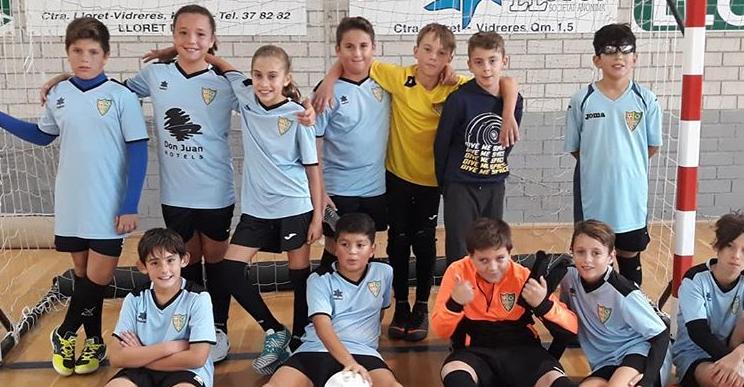 L'equip aleví del Lloret Esportiu Futbol Sala.