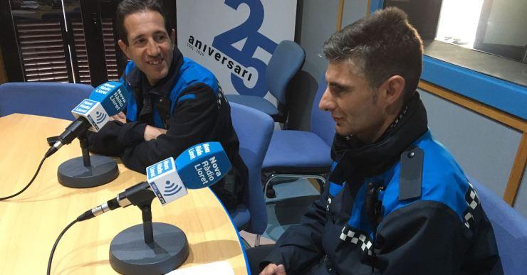 Els policies locals José León i Àlex Baron, primer i quart a l'estatal de ciclisme per a Policies i Bombers
