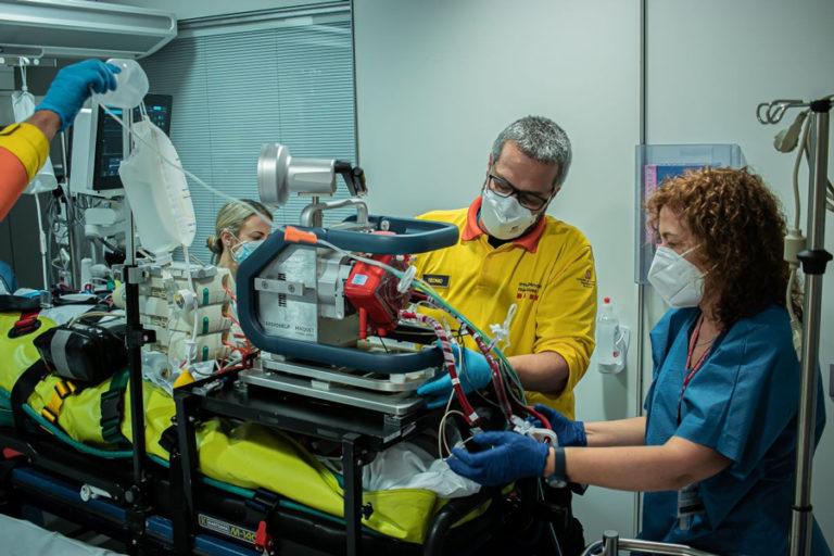 Salut crea dues UCI mòbils per atendre pacients complexos arreu del territori