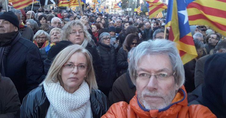 Un grup de lloretencs participa a la concentració de Barcelona pel 9-N