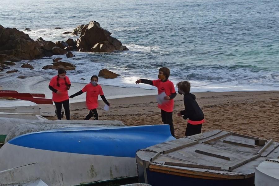Els alumnes aprenent sobre el passat pesquer de Lloret (Escola Àngels Alemany)
