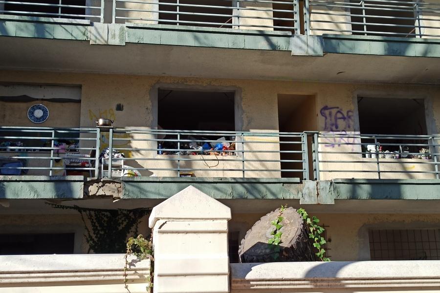 Lloret en Comú denuncia que hi ha persones que viuen en aquest edifici