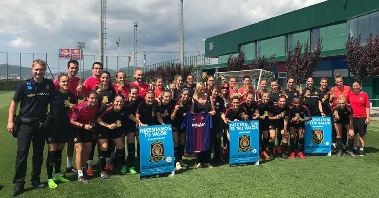 El Barça femení se suma a la campanya dels Escuts Solidaris de la Policia Local de Lloret
