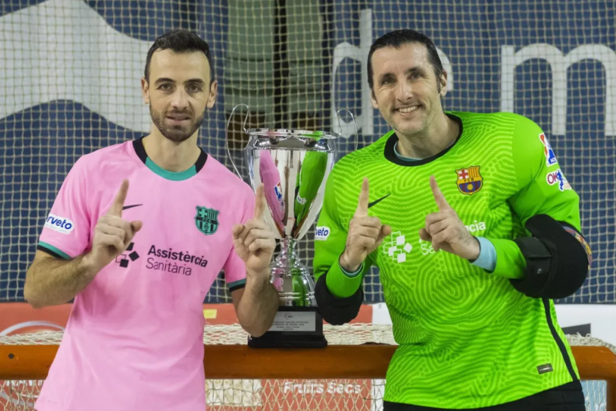 Amb la Supercopa (FCB)