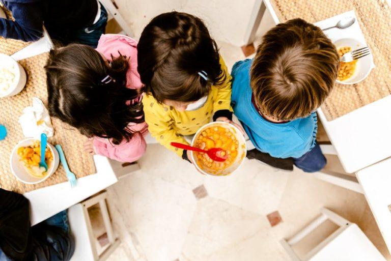 Les famílies de Lloret comencen a rebre aquesta setmana les beques menjador