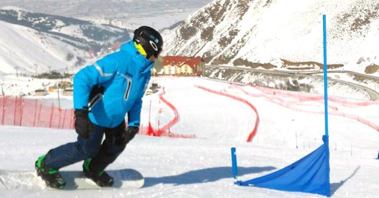El lloretenc Bernat Ribera guanya els Winter School Games d'snowboard cross