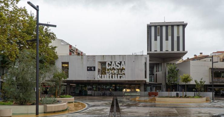 La Casa de la Cultura, seu de la Biblioteca