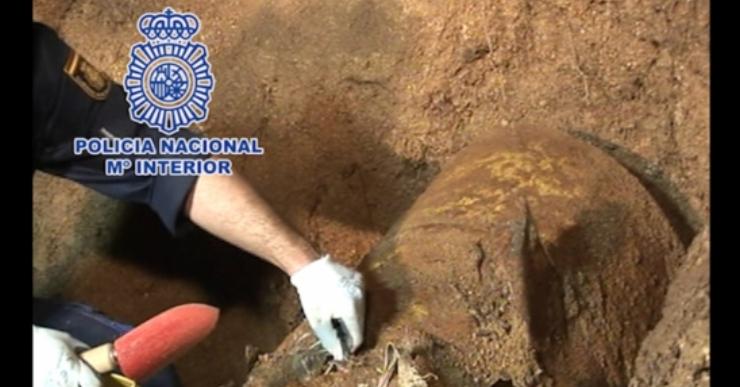Imputats per assassinat la tarotista i el veí de Lloret implicats en el crim del bidó