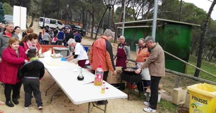 El Xino-Xano organitza el Divendres Sant la tradicional bunyolada a les Alegries