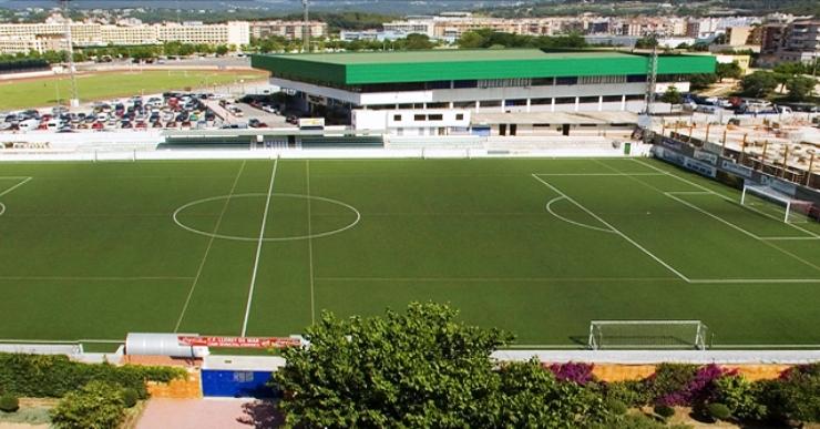 El Club de Futbol Lloret, que rep la Guineueta, vol deixar enrere les males sensacions de l'últim partit