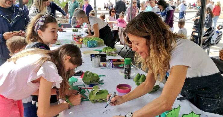850 persones gaudeixen a Lloret de Mar de la primera edició de la campanya 'Hola Família!'