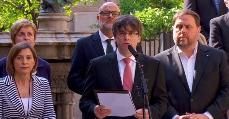 Referèndum, l'1 d'octubre: 'Voleu que Catalunya sigui un Estat independent en forma de república?'