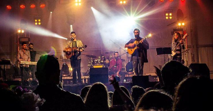 Concert dels CapiNàs per a la Festa de Cap d'Any a la discoteca Tropics