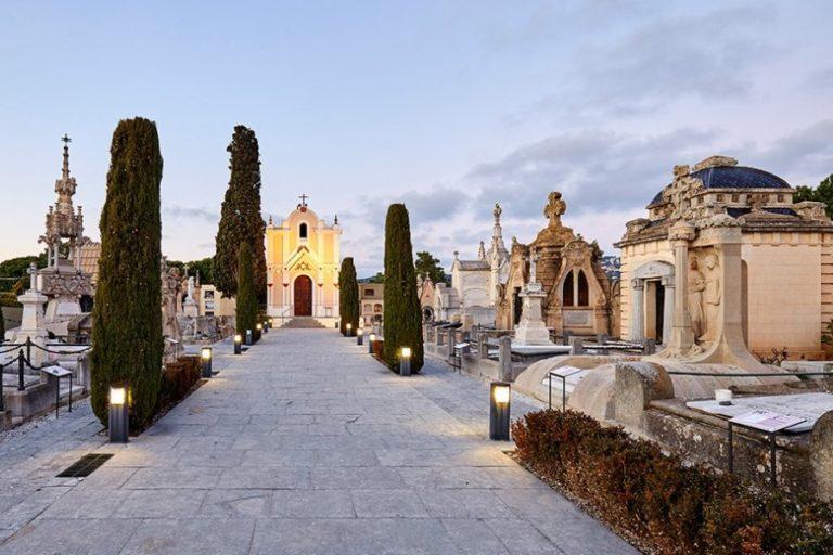 L'Ajuntament ampliarà el cementiri i millorarà el camp de futbol i el pavelló del Molí