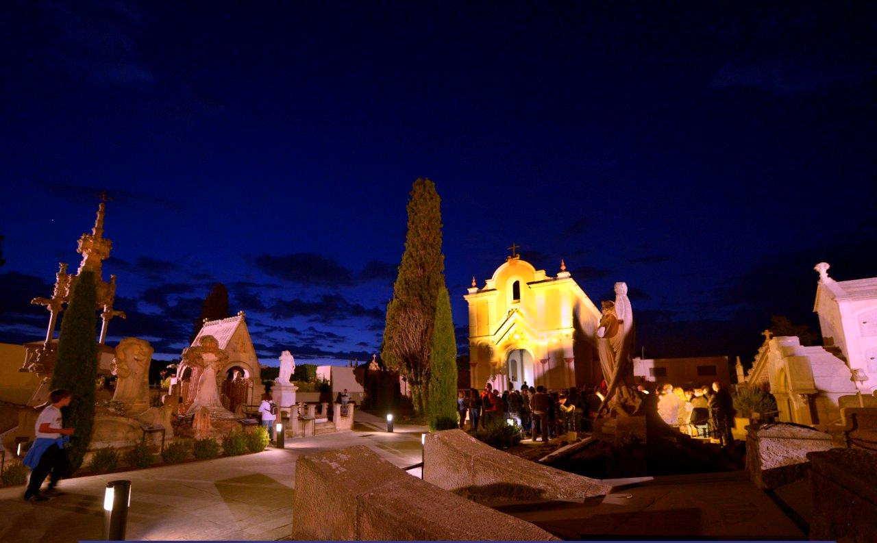 Promocionar el patrimoni amb visites lúdiques, que sumen música, teatre o ambient nocturn