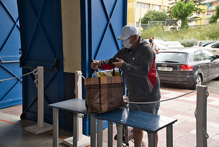 Els restauradors, amb hotelers i comerciants, impulsen una campanya per recaptar fons per al Centre de Distribució d'Aliments