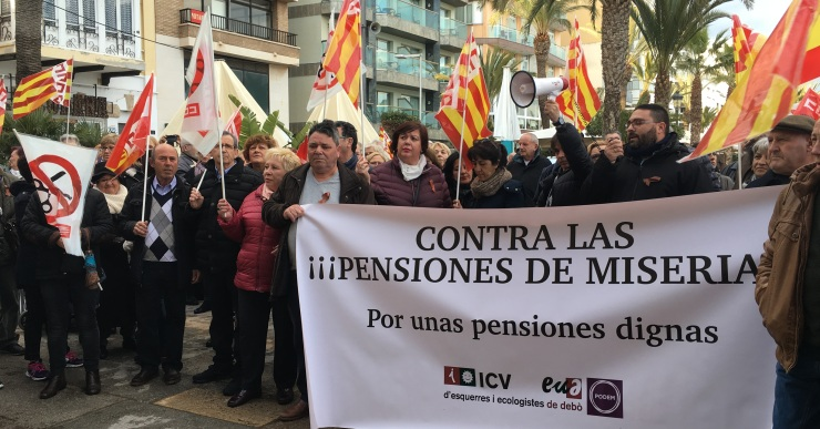 L'ajuntament reclama al govern central unes pensions dignes a través d'una declaració institucional