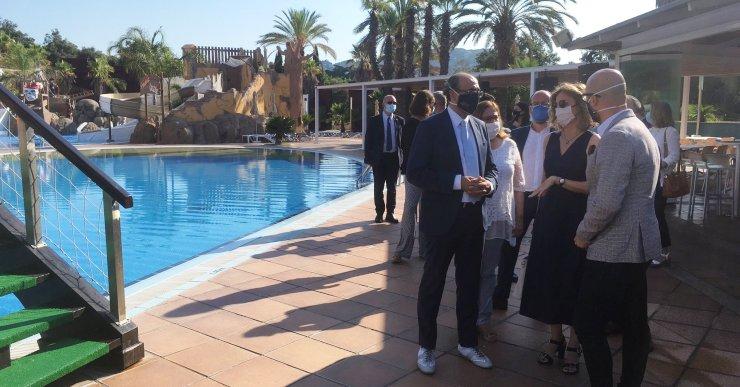 La consellera d'Empresa i Coneixement demana que no s'estigmatitzi el sector turístic
