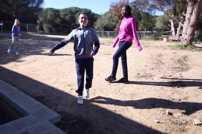 L'institut Sant Quirze engega la campanya 'Adopta una planta' per conscienciar els alumnes