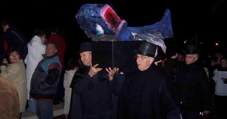 El Xino-Xano repartirà cigrons i peixet fregit a l'enterrament de la sardina
