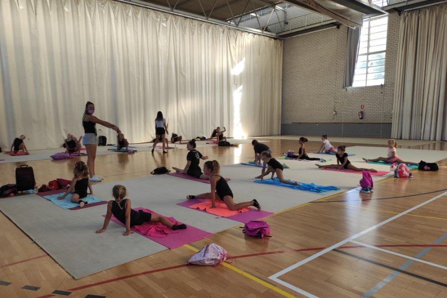 escola gimnastica ritmica lloret 1