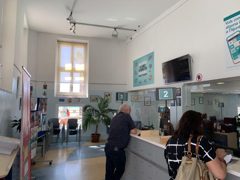 Els participants de l'exposició 'Art en confinament' expliquen les seves obres