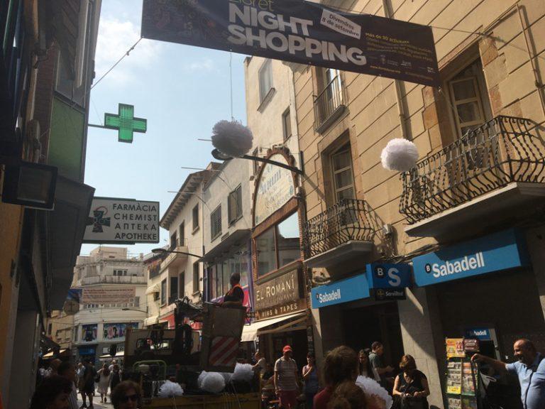 Darrers preparatius per a la Night Shopping, amb més de 30 activitats al carrer