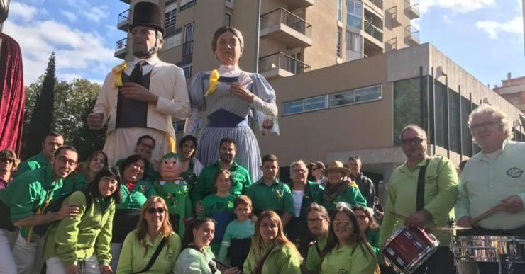 La Colla Gegantera de Lloret marxa a França a una trobada amb 150 gegants d'arreu del món
