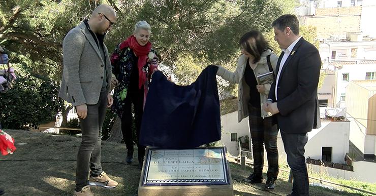 José Luís Pardo ja té una placa en record seu al parc de l'Esperança