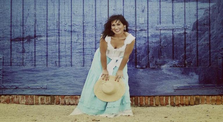 Indira Ferrer-Morató oferirà un recital d'havaneres, aquest dijous, a la Biblioteca