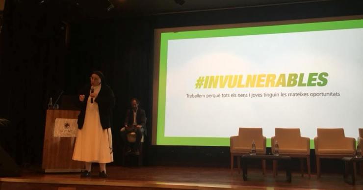 El programa Invulnerables, que atén 50 famílies a Lloret, vol sumar col·laboradors
