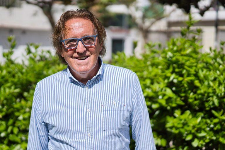 Josep Pérez, veí de Lloret, denuncia que pateix homofòbia de manera reiterada