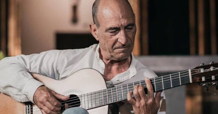 El lloretenc Josep Soto actua cada dilluns en el Festival de Guitarra del Mediterrani