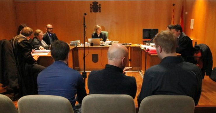La FECASARM lamenta que s'hagi hagut de suspendre el judici per als aldarulls del 2011