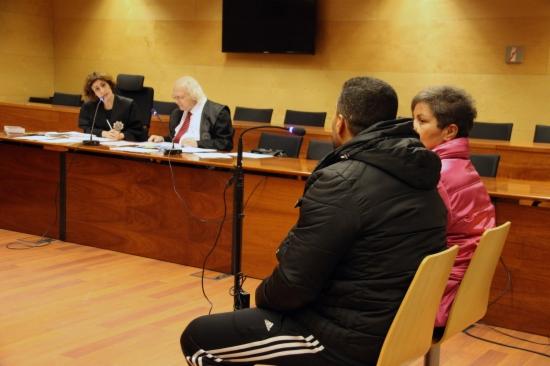Jutgen un home acusat d'apunyalar la seva exparella el 2010 a Lloret