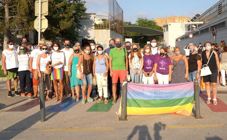 El confinament ha fet palès que hi ha molta discriminació del col·lectiu LGTBI a la família